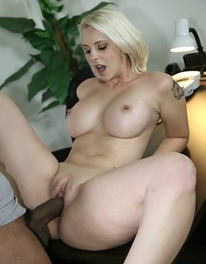 Hardcore Porn Pictures
