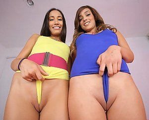 Cameltoe Porn Pictures
